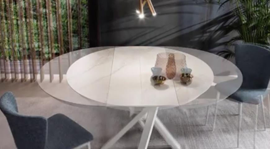 Il tavolo Round by Riflessi